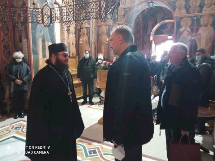 Директор Управе за вере у посети Манастиру Туману