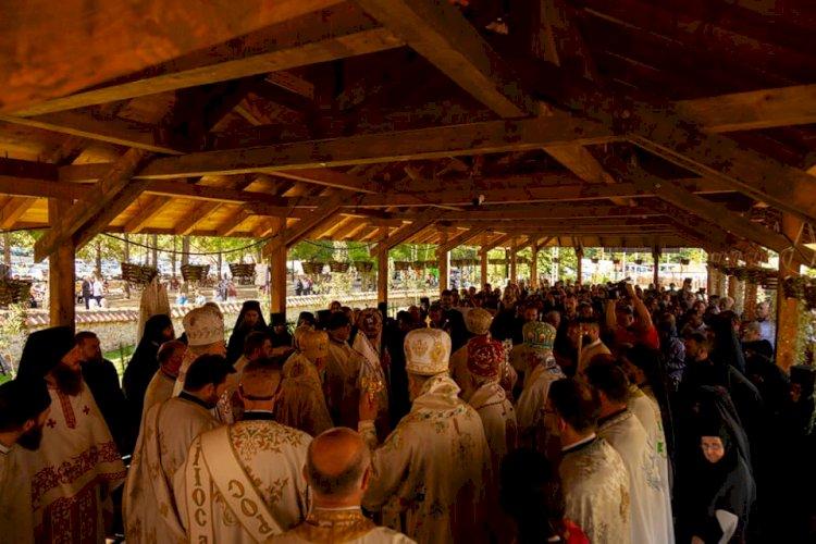 Прослављен празник светих Зосиме и Јакова у манастиру Туману